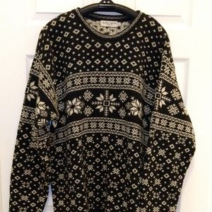 More & More unisex sweater - NWOT